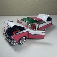 1/24 Franklin Mint 1955 Ford Crown Victoria Pink/White Die Cast no box FM107
