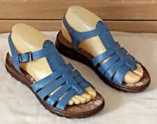 Moshulu Strappy Shoes for Women
