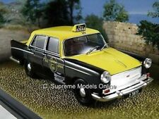 AUSTIN A55 CAMBRIDGE JAMES BOND MODEL CAR 1/43RD SCALE TAXI EXAMPLE T3412Z(=)