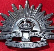 *AUSTRALIAN ANZAC WW1 & WW2 RISING SUN UNIFORM HAT OR CAP BADGE MEDAL 1