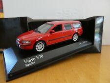 Volvo V70 signalrot rot red 1:43 Minichamps 2000 430171214