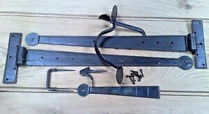 """IRON DOOR LATCH HANDLE & PAIR 18"""" T HINGES BLACKSMITH HAND FORGED"""