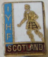 INTERNATIONAL YOUTH HOSTEL FEDERATION IYHF SCOTLAND Badge Maker WO LEWIS B'ham