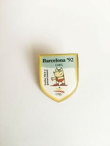 Olympic Games Barcelona 1992 Wrestling mascot badge pin