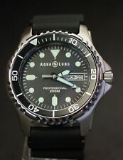 AQUALUNG Aqua Lung Men's Classic Pro Professional Divers Watch - 200m