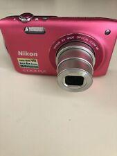 Nikon CoolPIX S3300 Camera & Case