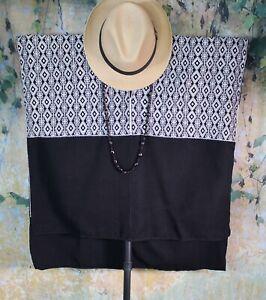 Huipil Black & White Handwoven Back Strap Loom Mayan Larrainzar Chiapas Mexico