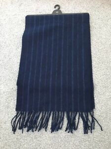 MARKS & SPENCER MENS NAVY 100% PURE WOOL SCARF, Bnwt