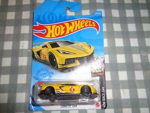 2021 Hot Wheels #105 Chevy Corvette C8.R Yellow HW RACE DAY  Card new