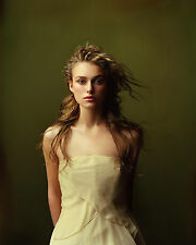 KEIRA KNIGHTLEY 8X10 PHOTO PICTURE HOT SEXY CANDID 21