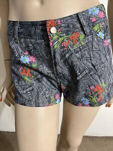 Women's Grey Floral Denim Cotton Mini Zipper Button Pockets Size S Shorts