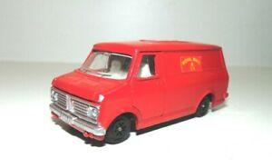 """Vintage Dinky Toys 1:43 Bedford Van-""""Royal Mail""""-Red-good paint and condition"""