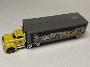 Hot Wheels Blastin Big Rig Semi-Truck Racing Car Launcher  1:24