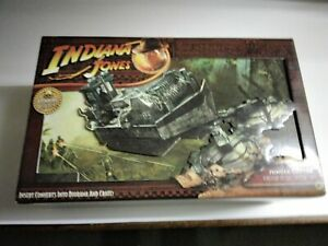 Indiana Jones Jungle Cutter Kingdom Crystal Skull Hasbro Vehicle + 4 figures