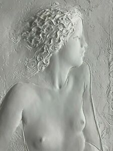RARE FRANK GALLO LARGE WHITE CAST PAPER SCULPTURE NUDE WOMAN BEHIND GLASS CASE