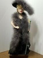 VINTAGE THE 4TH OF EFFANBEE LEGENDS SERIES MAE WEST 17 INCH DOLL W/ WOODEN STAND