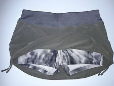 Nike Sz M - Skort Green with grey tie dye short