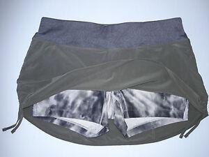 Nike Sz M - Skort Green with grey tie dye short