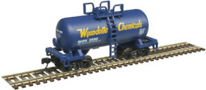 Atlas N Scale 28' Beer Can Shorty Tank Car Wyandotte Chemicals/SHPX #3992
