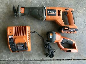 Ridgid 18 Volt Reciprocating R8442 Saw + R840091 Charger, R840085 Battery + Lite