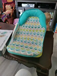 Summer Deluxe Baby Bather (Triangle Stripe) New in opened box