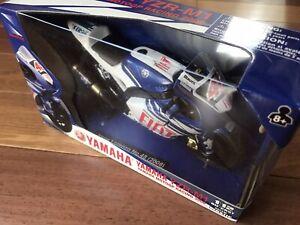 *NEW* NewRay 2008 Yamaha YZR-M1 MotoGP Fiat Team #48 Lorenzo 43373