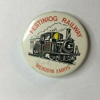 Vintage Festiniog Railway Merddin Emrys Engine souvenier Badge 38 mm