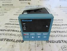 HONEYWELL CONTROLLER DC330B A0 000 20 00B000 00 0 NEW
