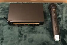 AKG WMS 40 UHF HT-SET Wireless Microphone, Receiver, Power Supply