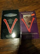 Lot of 2 V paperbacks, Prisoners and Pawns, Howard Weinstein, A.C Crispin