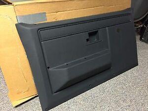 NOS 81-91 CHEVROLET GMC TRUCK BLAZER C/K DOOR PANEL GM  15597667