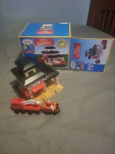 Thomas and friends RED SODOR FIRE DEPT. NO 36 Station, Fire Truck & Train
