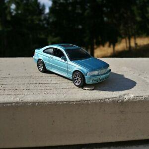 1999 Matchbox Mattel Inc.  BMW 3 Series Coupe 1:59 Metallic Light Blue Diecast