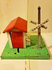 Lionel Operating Signal Man Shack Rr Crossing Sign O Scale Train Accessory # 45