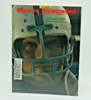 Sports Illustrated November 8, 1971 Baltimore Colts Norm Bulaich Colts InA Fight