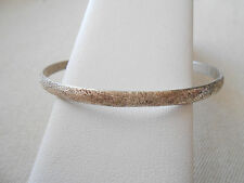 Beautiful Sterling Silver Laton  Bangle Bracelet  188910
