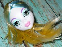 Mattel Monster High Doll LAGOONA BLUE HEAD ONLY for OOAK or Custom BLUE STREAKS