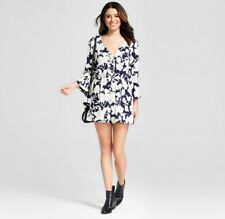 693ad1a9e8ed NWT Xhilaration Floral Open Front Tie Romper Blue White Small Bell Sleeve