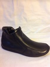 Footglove Black Ankle Leather Boots Size 3