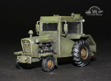 Aircraft towing tractor 1:48 Pro Built Model