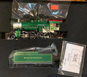 Bachmann Spectrum 83603 Southern Green 2-8-0 w/ DCC, HO
