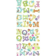 Deko-Tattoos mit dem Thema Buchstaben & Zahlen