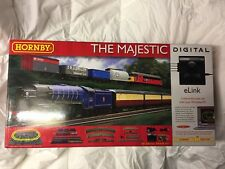 HORNBY R1172 The Majestic Train Set OO Gauge with e-Link * NEW in Box *