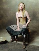 Deadwood UNSIGNED photograph - M431 - Paula Malcomson - NEW IMAGE!!!!
