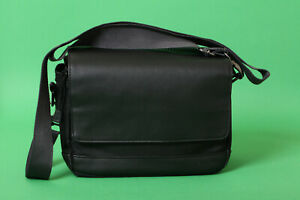 Canon SB 100 Shoulder Bag - Black/Red