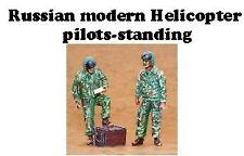 Czech Master 1/35 2 x Elicottero russa moderna piloti in piedi # F35168