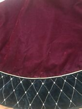 Red Green Gold Pearl Velvet Tree Skirt Euc