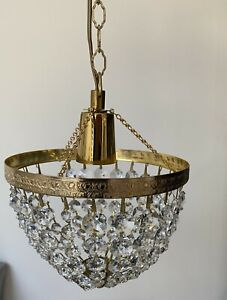 BEAUTIFUL VINTAGE CRYSTAL GLASS BOWL SMALL BEDROOM CHANDELIER