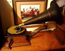 Victor Talking Machine - Victor R phonograph aka Victor Royal 1903