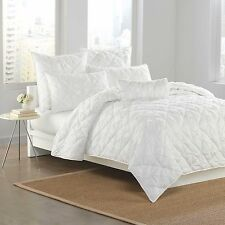 DKNY DIAMOND TUCK 1 STANDARD PILLOW SHAM QUILTED WHITE